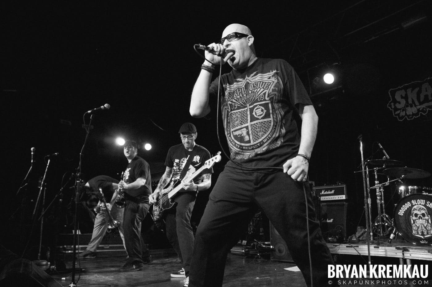 Voodoo Glow Skulls (Ska is Dead Tour) @ Starland Ballroom, Sayreville, NJ - 11.15.09 (5)