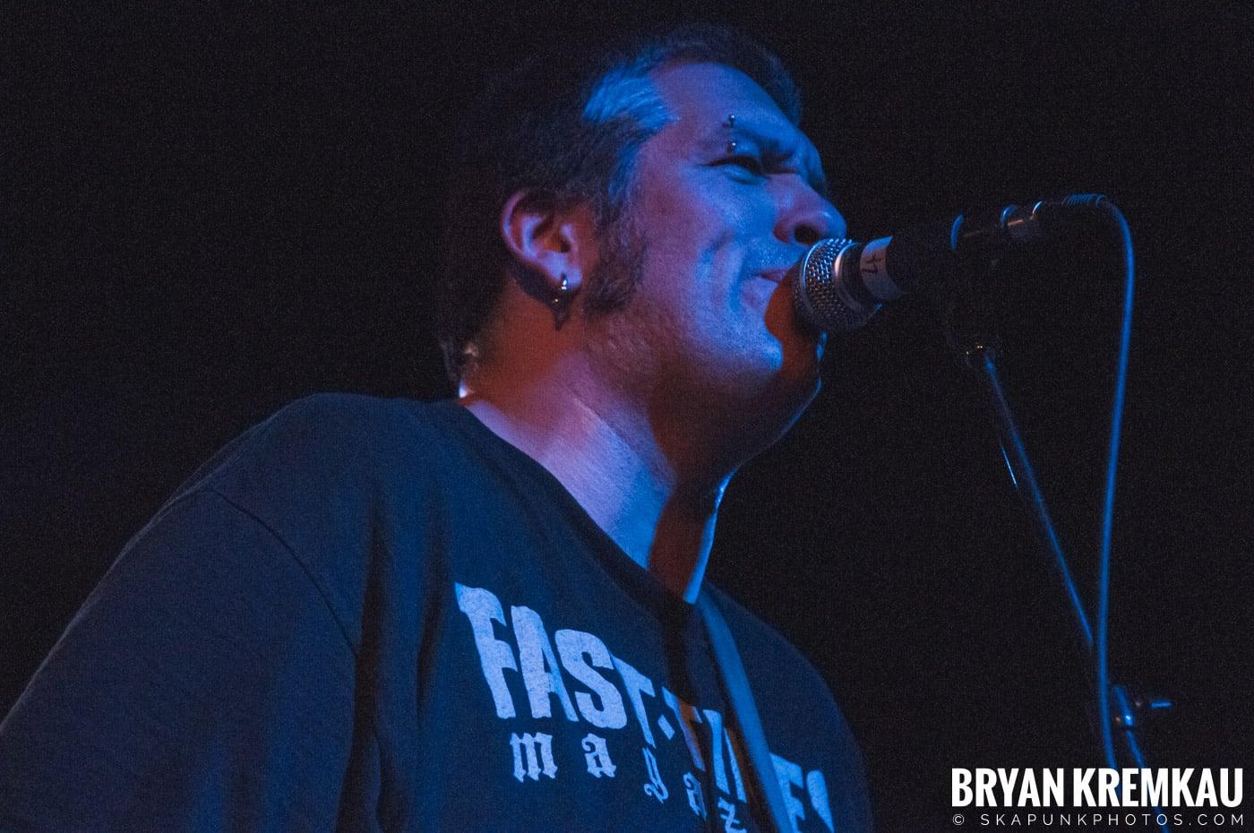 Voodoo Glow Skulls (Ska is Dead Tour) @ Starland Ballroom, Sayreville, NJ - 11.15.09 (4)