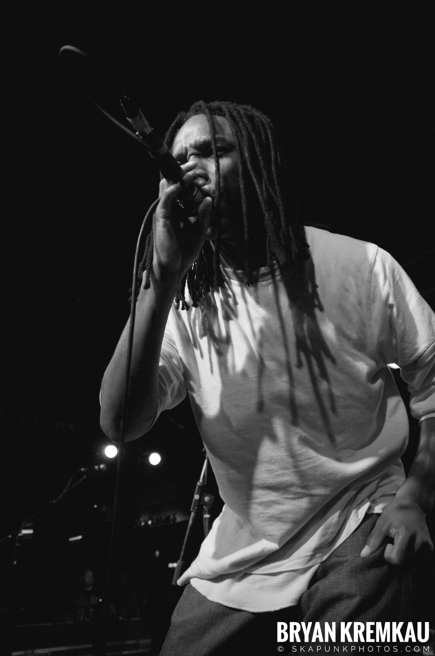 Pilfers (Ska is Dead Tour) @ Starland Ballroom, Sayreville, NJ - 11.15.09 (32)