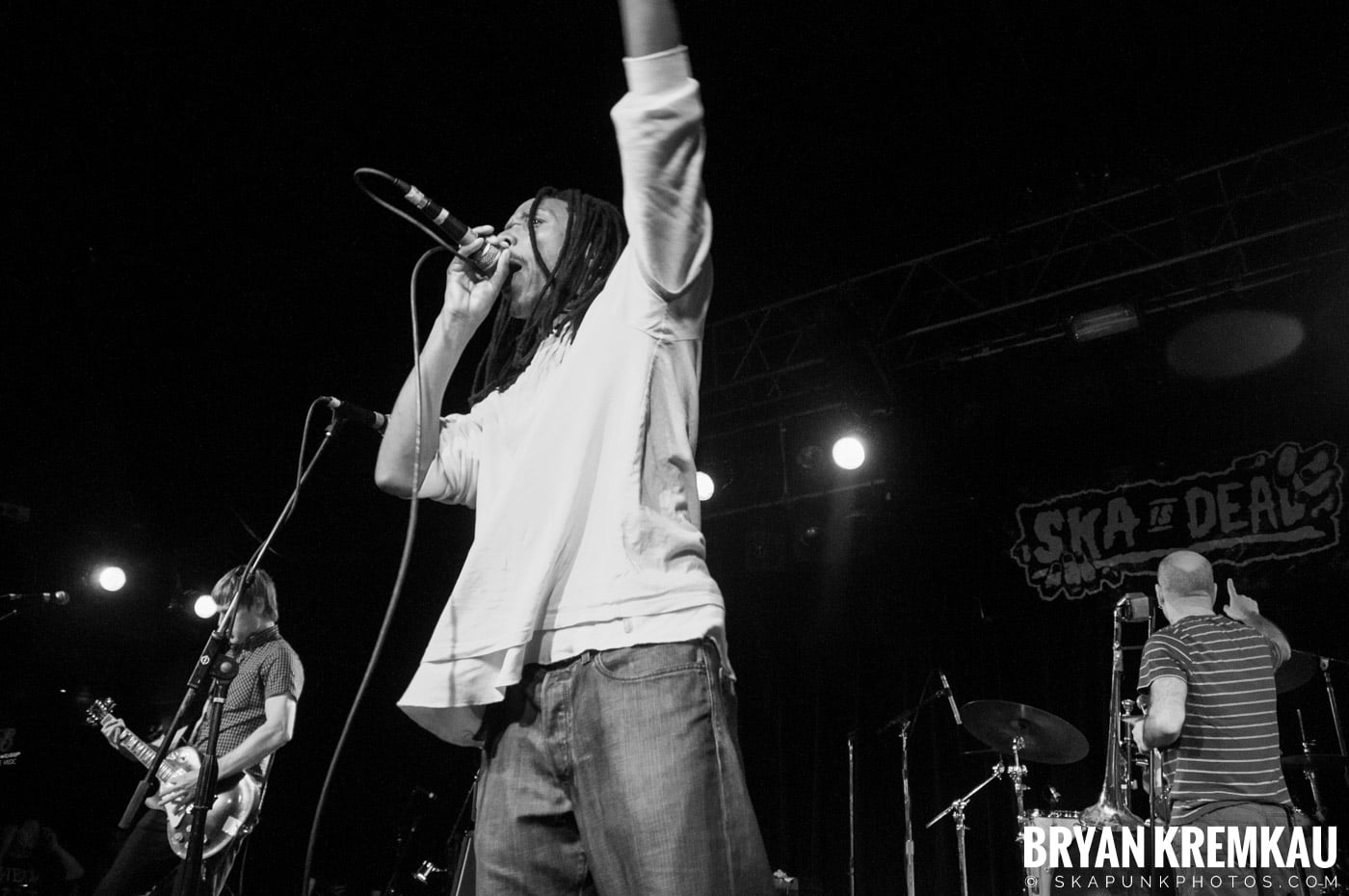 Pilfers (Ska is Dead Tour) @ Starland Ballroom, Sayreville, NJ - 11.15.09 (30)