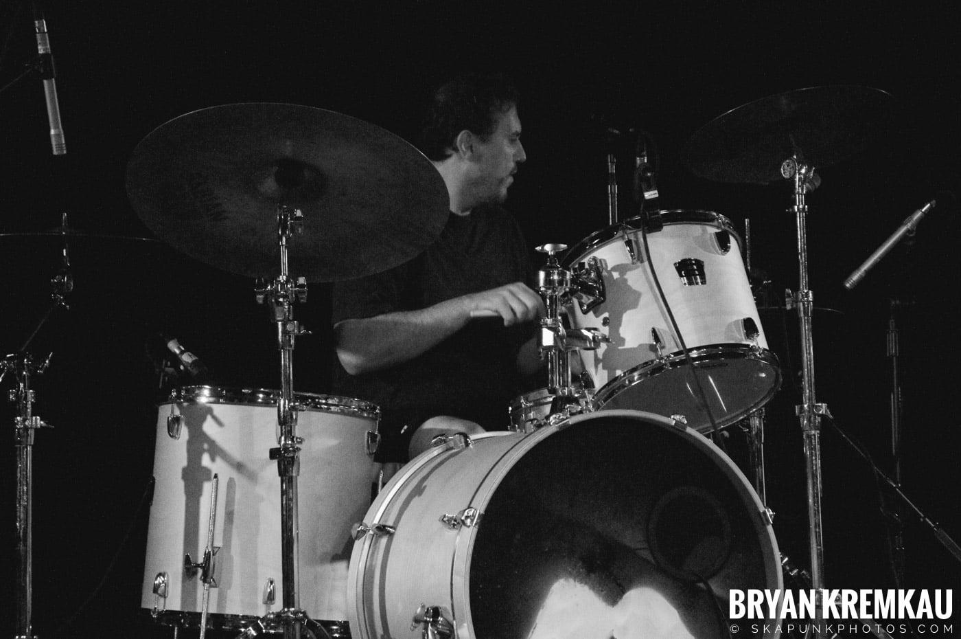 Pilfers (Ska is Dead Tour) @ Starland Ballroom, Sayreville, NJ - 11.15.09 (27)