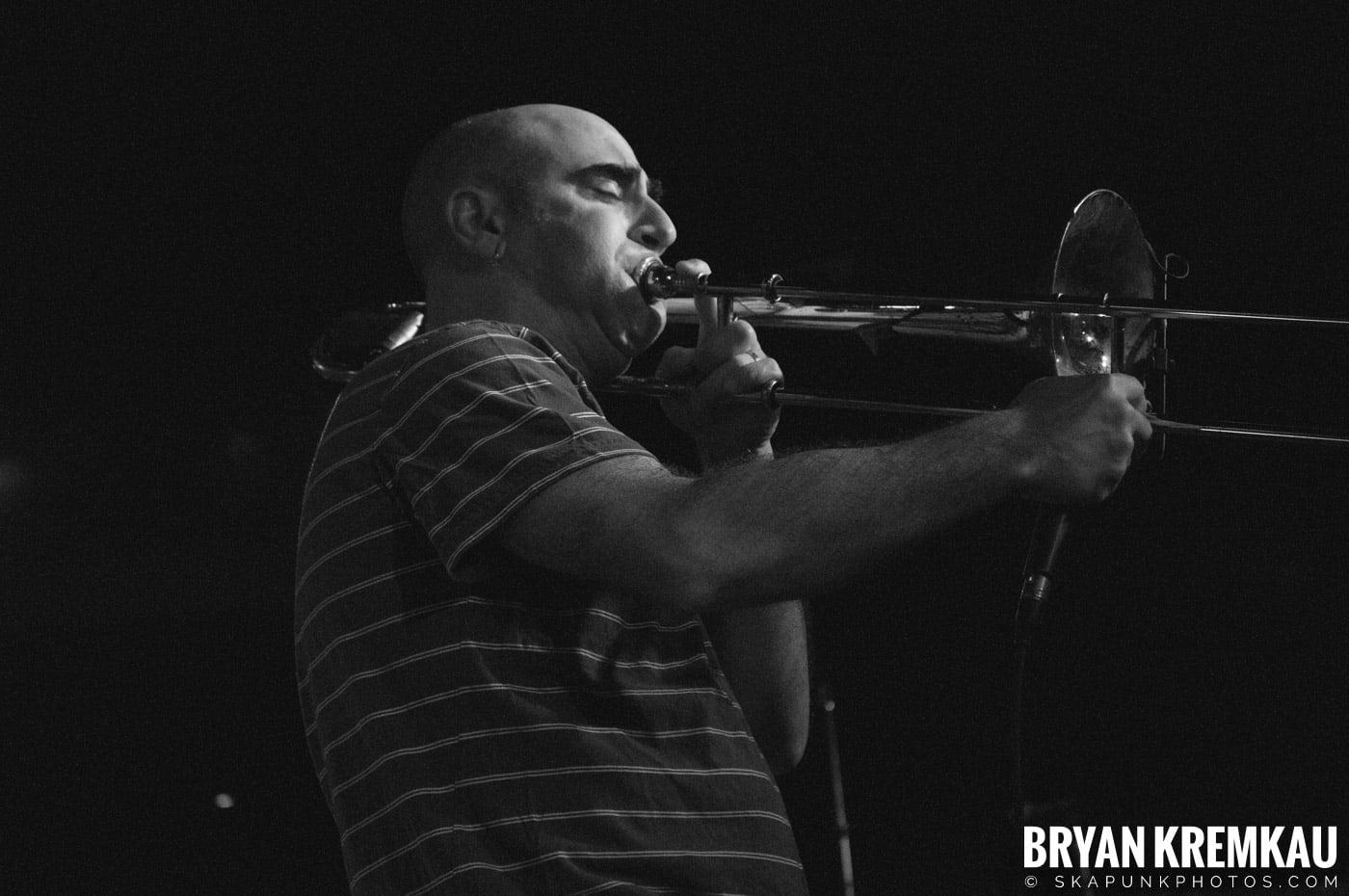 Pilfers (Ska is Dead Tour) @ Starland Ballroom, Sayreville, NJ - 11.15.09 (26)