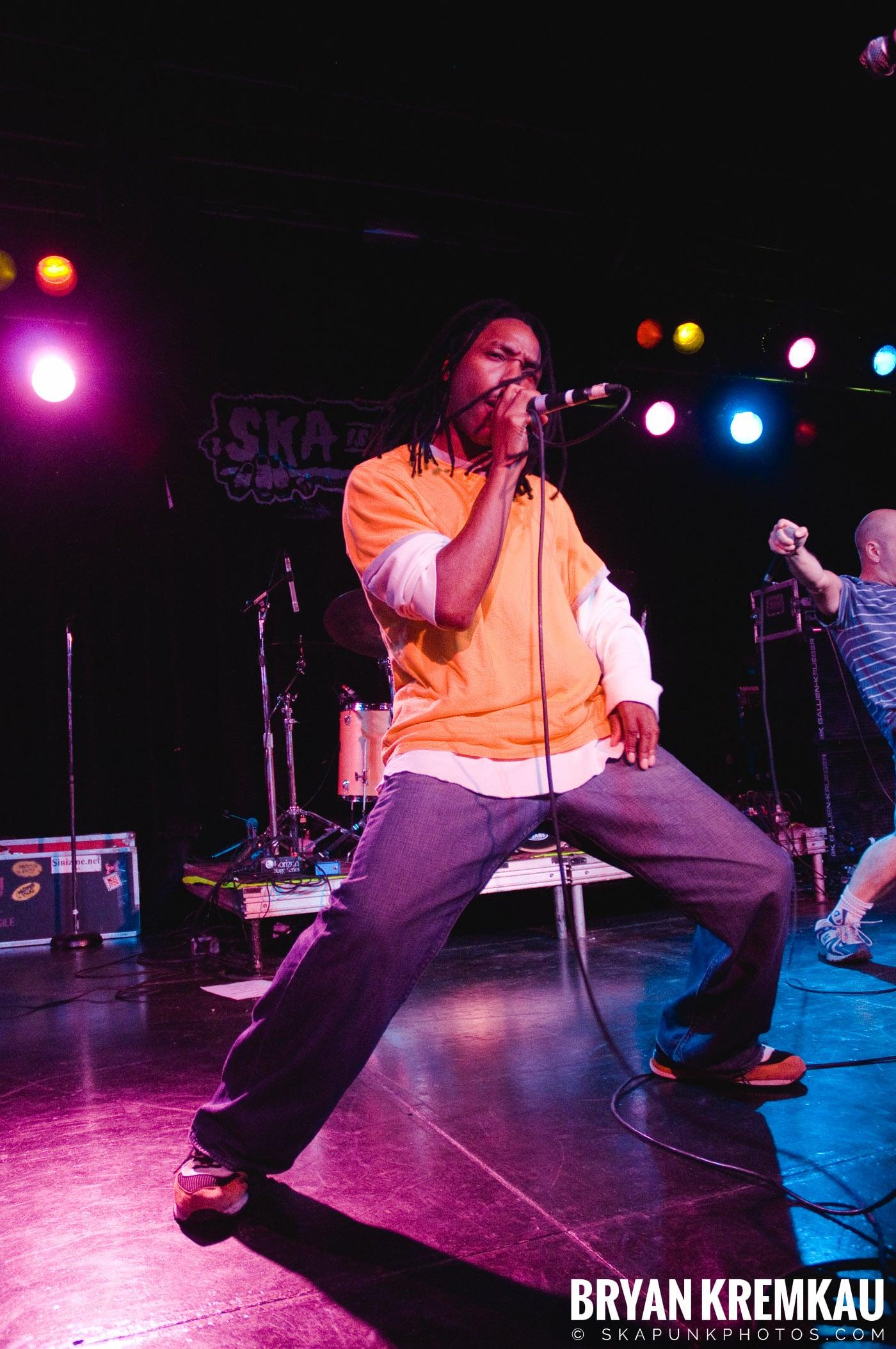 Pilfers (Ska is Dead Tour) @ Starland Ballroom, Sayreville, NJ - 11.15.09 (24)