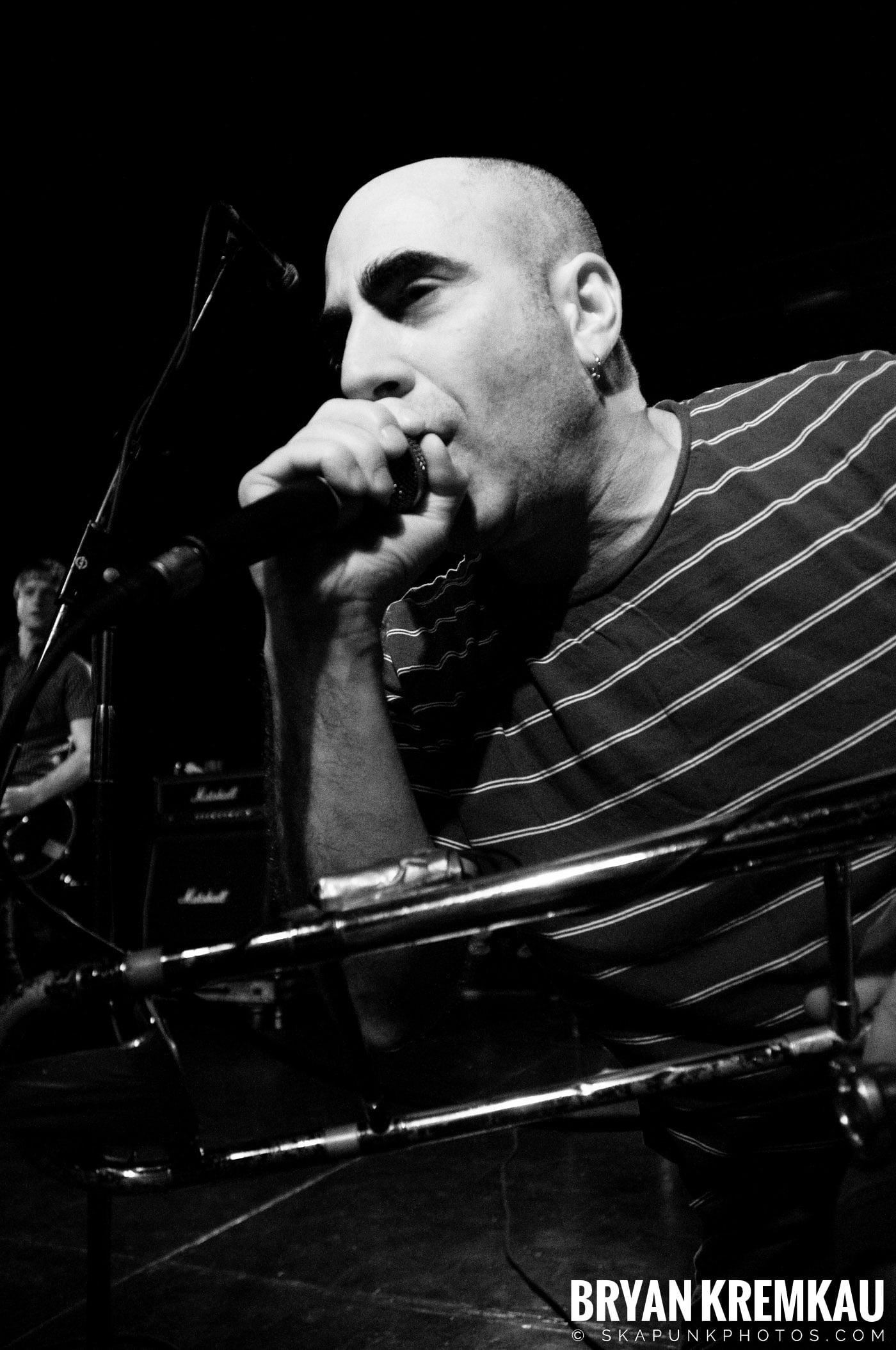 Pilfers (Ska is Dead Tour) @ Starland Ballroom, Sayreville, NJ - 11.15.09 (21)
