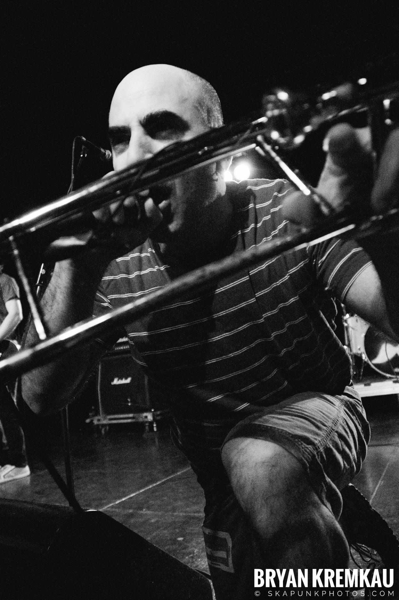 Pilfers (Ska is Dead Tour) @ Starland Ballroom, Sayreville, NJ - 11.15.09 (19)