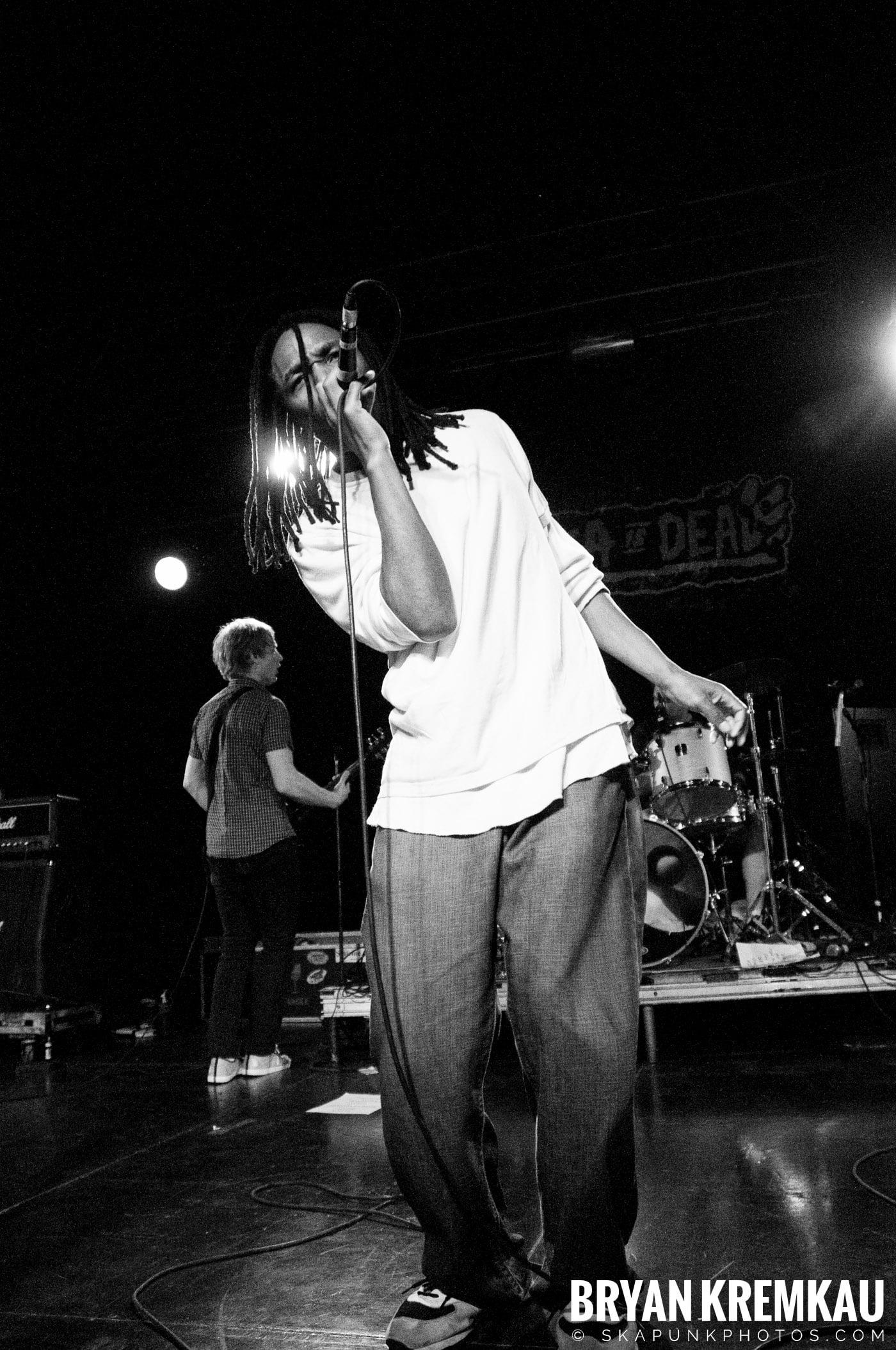 Pilfers (Ska is Dead Tour) @ Starland Ballroom, Sayreville, NJ - 11.15.09 (17)