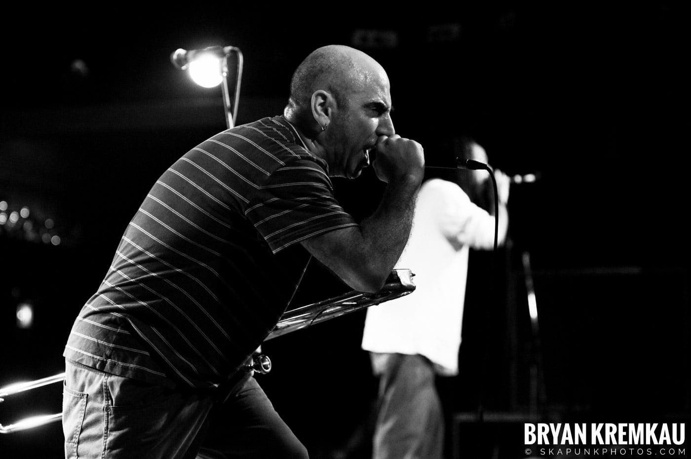Pilfers (Ska is Dead Tour) @ Starland Ballroom, Sayreville, NJ - 11.15.09 (2)