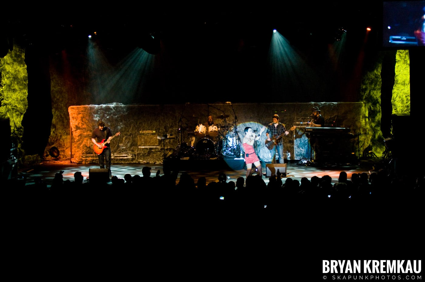 The Cranberries @ Nokia Theatre, NYC - 11.18.09 (2)