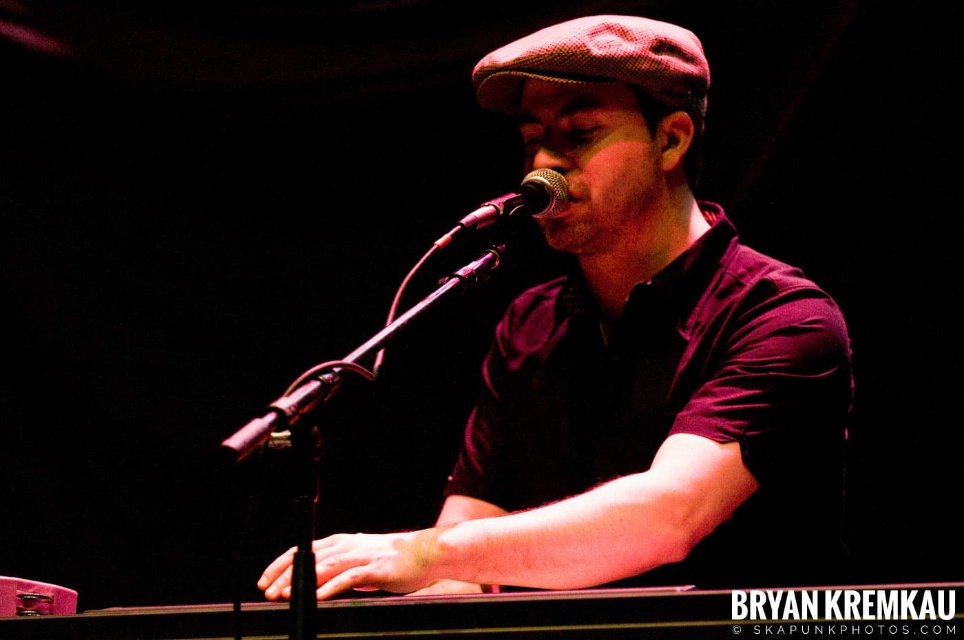 Frank Turner @ Hammerstein Ballroom, NYC - 3.2.10 (16)