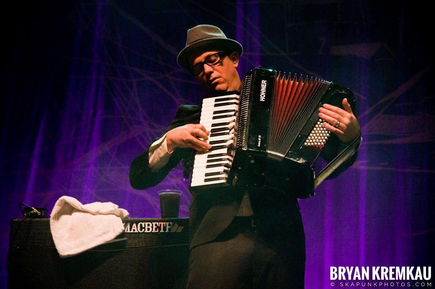 Flogging Molly @ Hammerstein Ballroom, NYC - 3.2.10 (9)