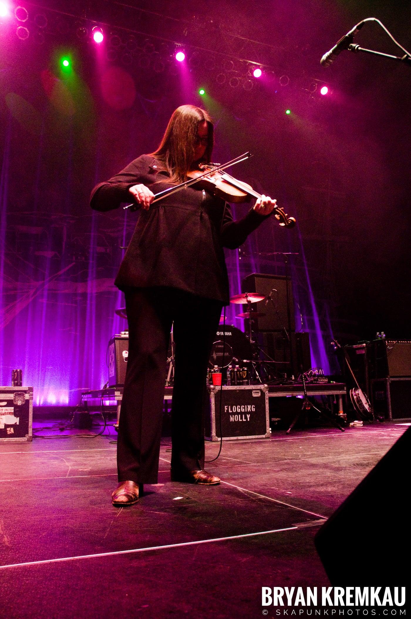 Flogging Molly @ Hammerstein Ballroom, NYC - 3.2.10 (8)