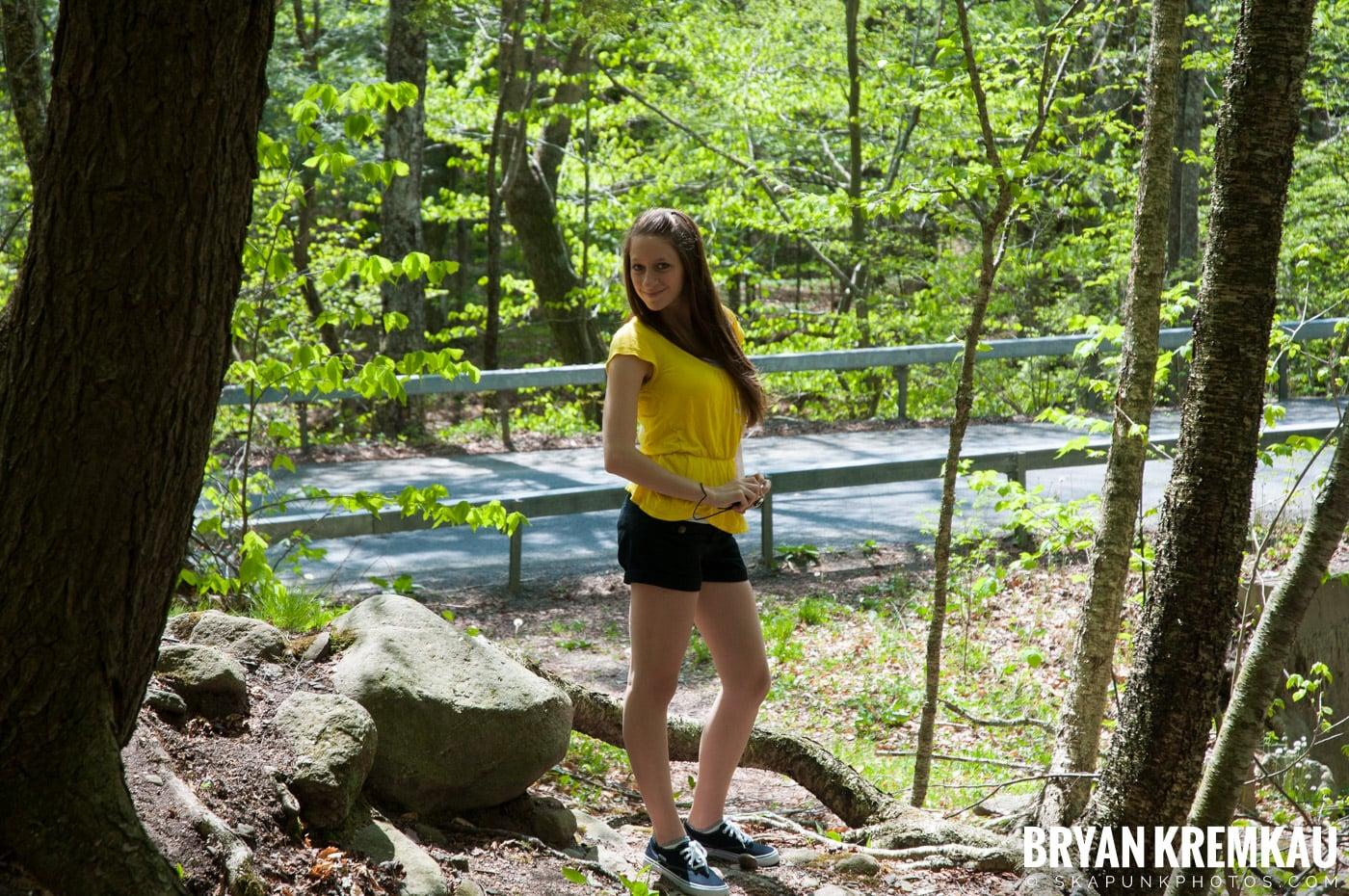 Getting Engaged @ Peekamoose Waterfall, Sundown NY - 5.1.10 (30)