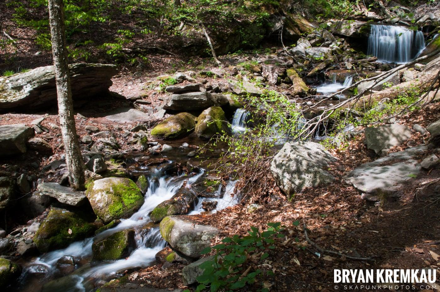 Getting Engaged @ Peekamoose Waterfall, Sundown NY - 5.1.10 (29)
