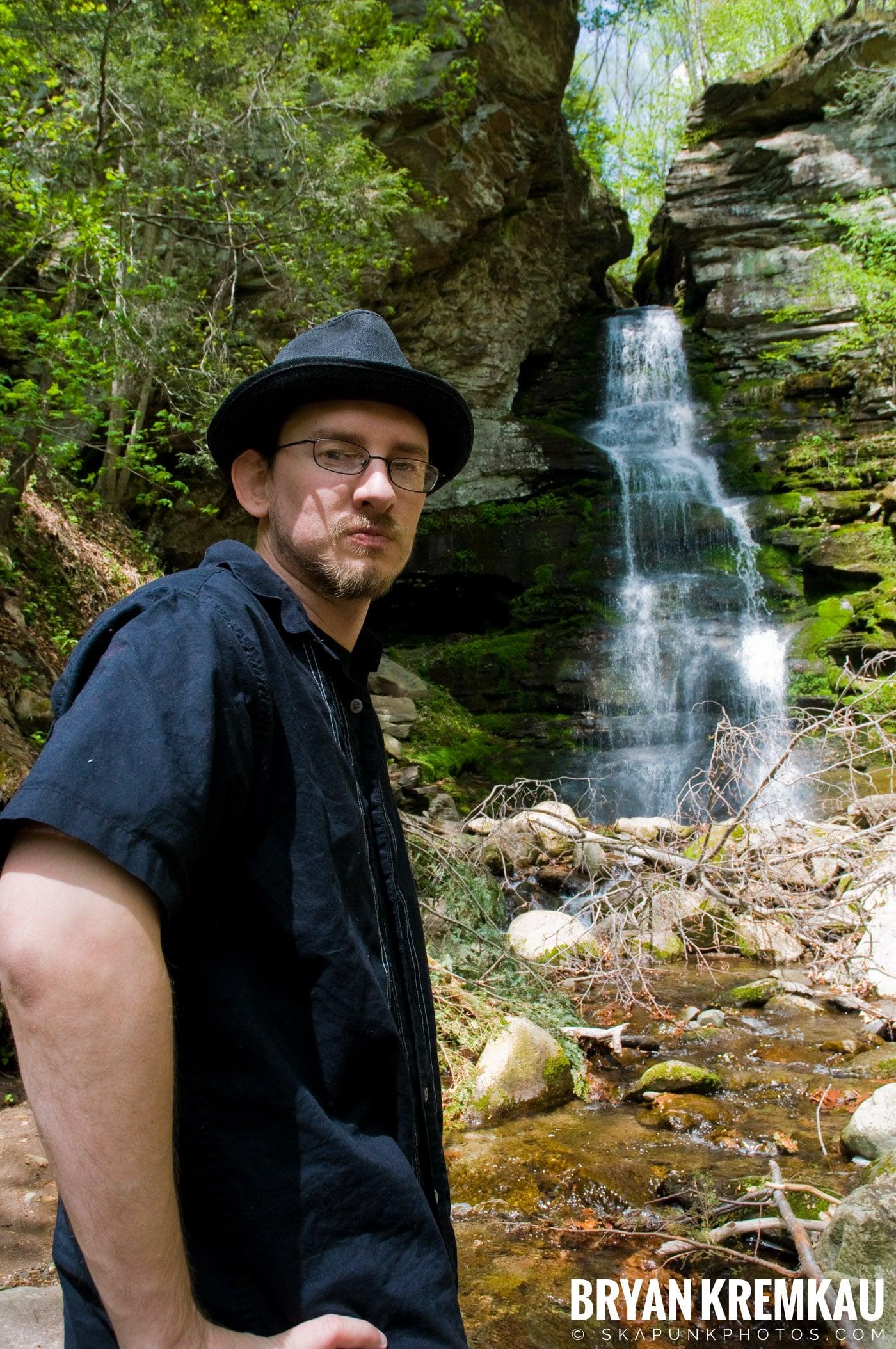 Getting Engaged @ Peekamoose Waterfall, Sundown NY - 5.1.10 (17)