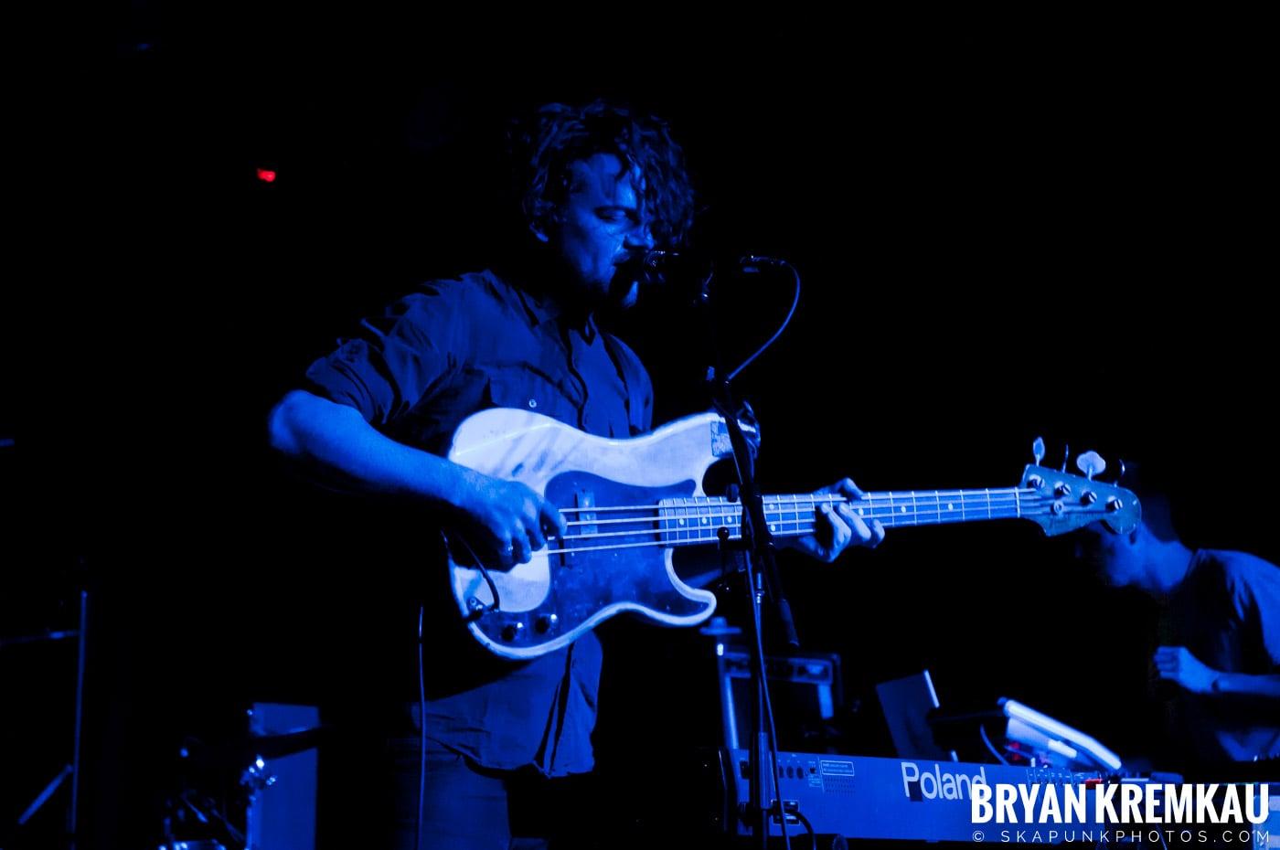 PVT @ Brooklyn Bowl, Brooklyn, NY - 3-30-11 (13)