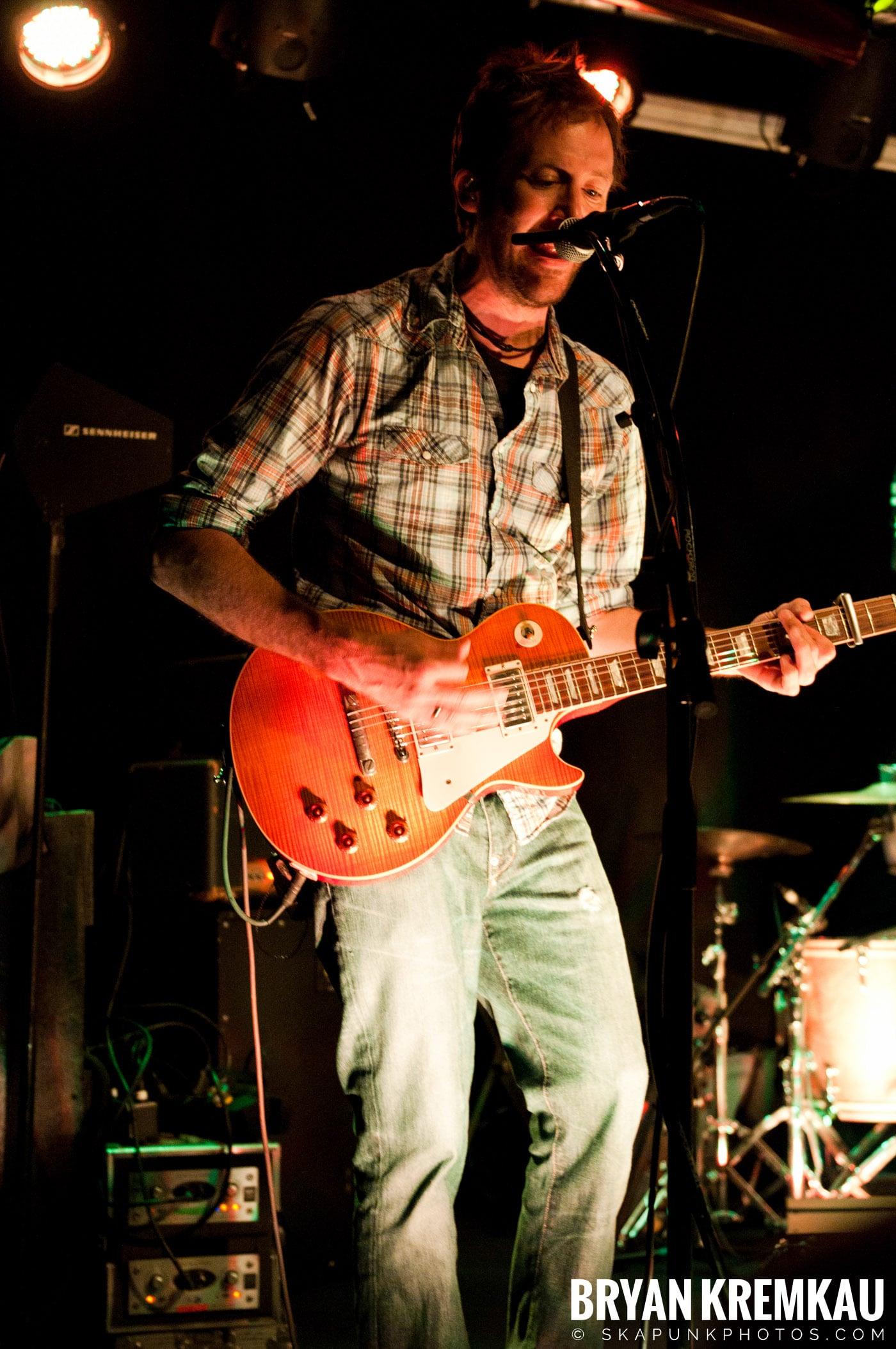 Carbon Leaf @ Mexicali Live, Teaneck NJ – 4-21-11 (26)