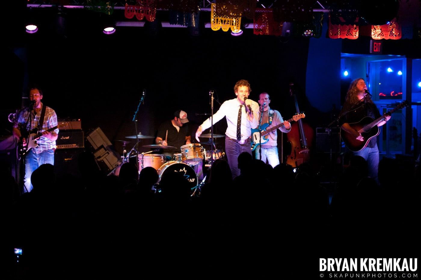 Carbon Leaf @ Mexicali Live, Teaneck NJ – 4-21-11 (11)