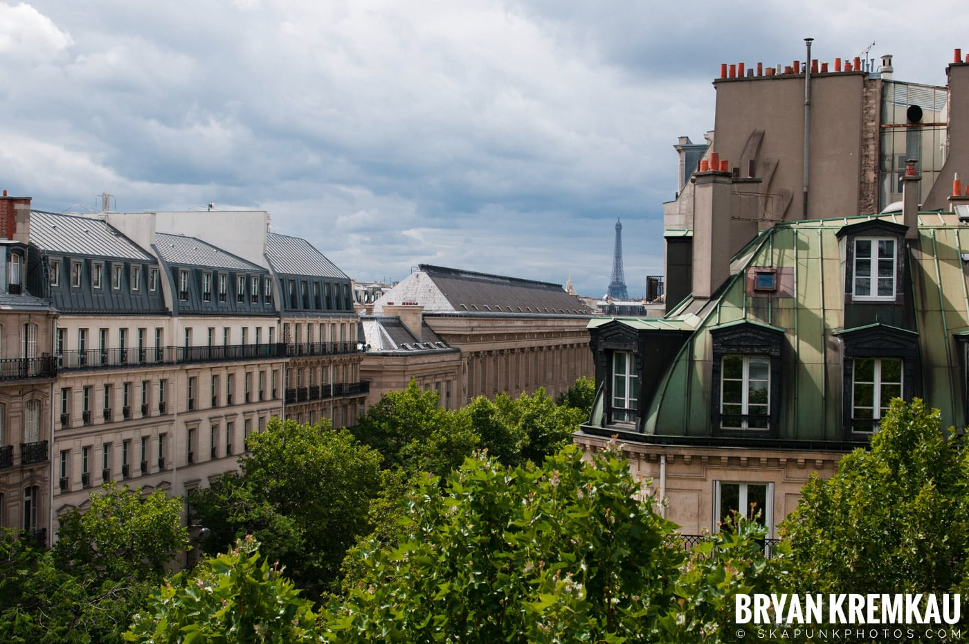 Paris, France Honeymoon - Day 1 - 7.18.11 (62)