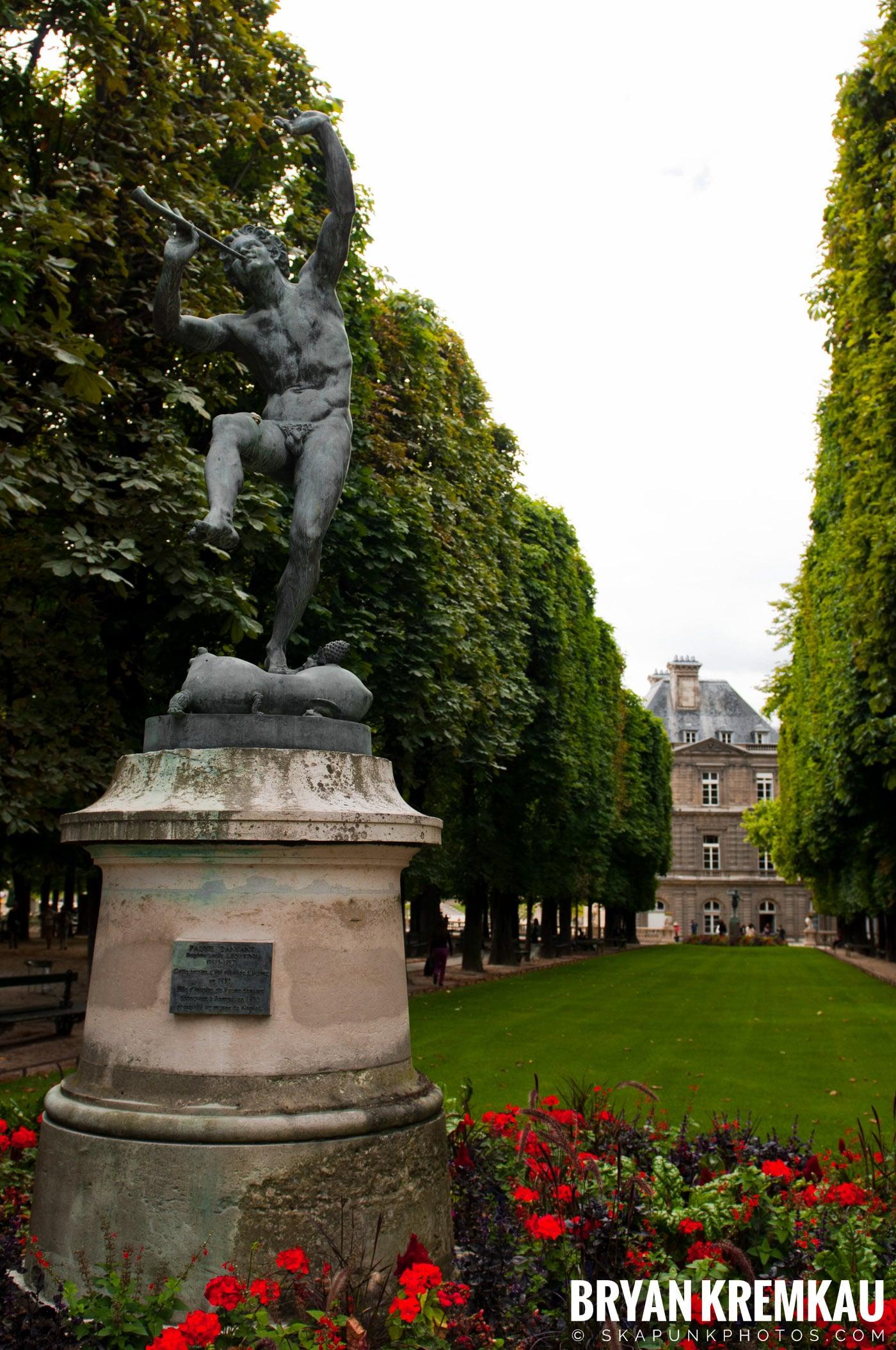Paris, France Honeymoon - Day 1 - 7.18.11 (53)