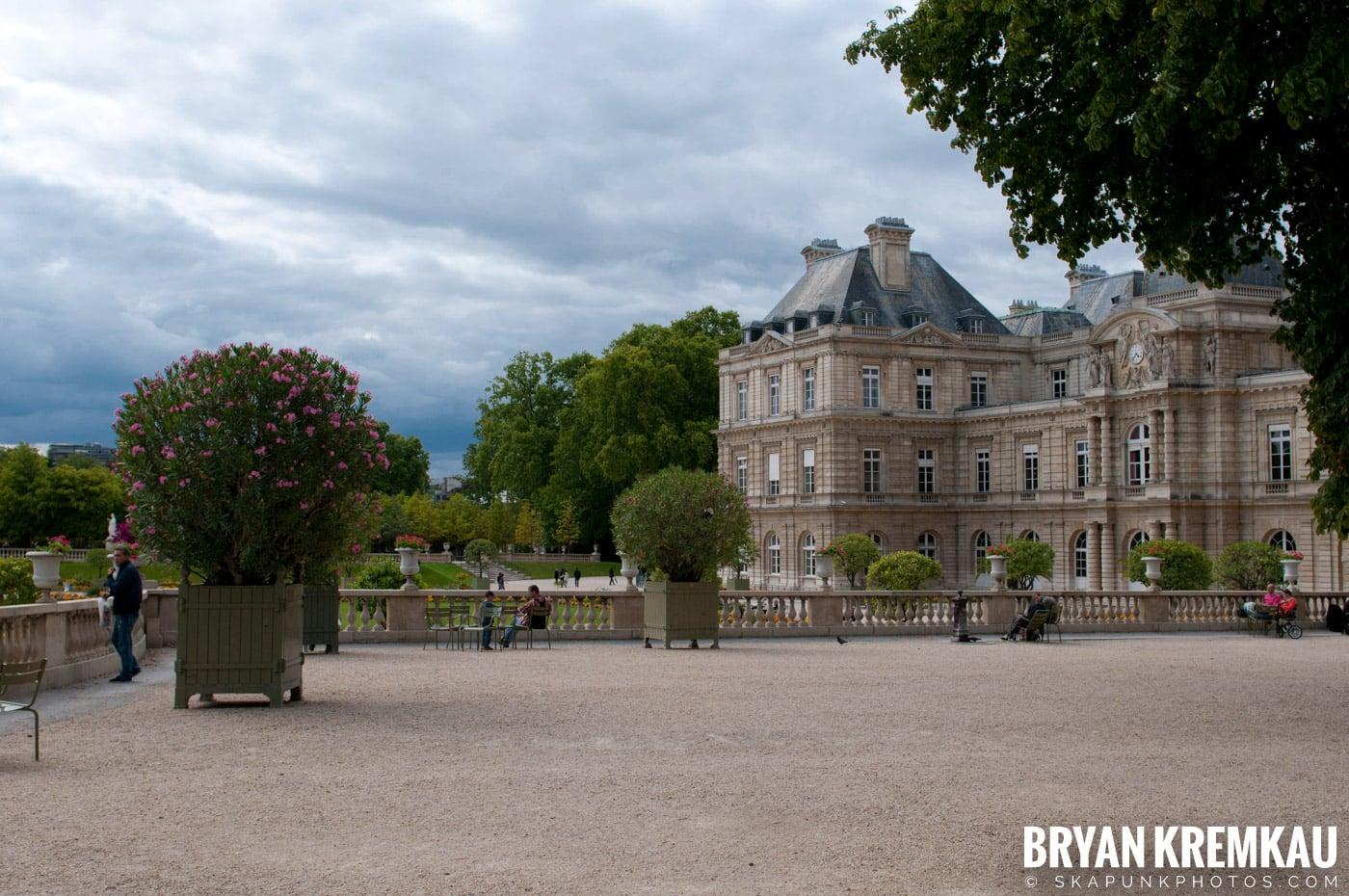 Paris, France Honeymoon - Day 1 - 7.18.11 (50)