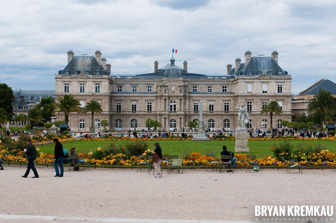 Paris, France Honeymoon - Day 1 - 7.18.11 (34)