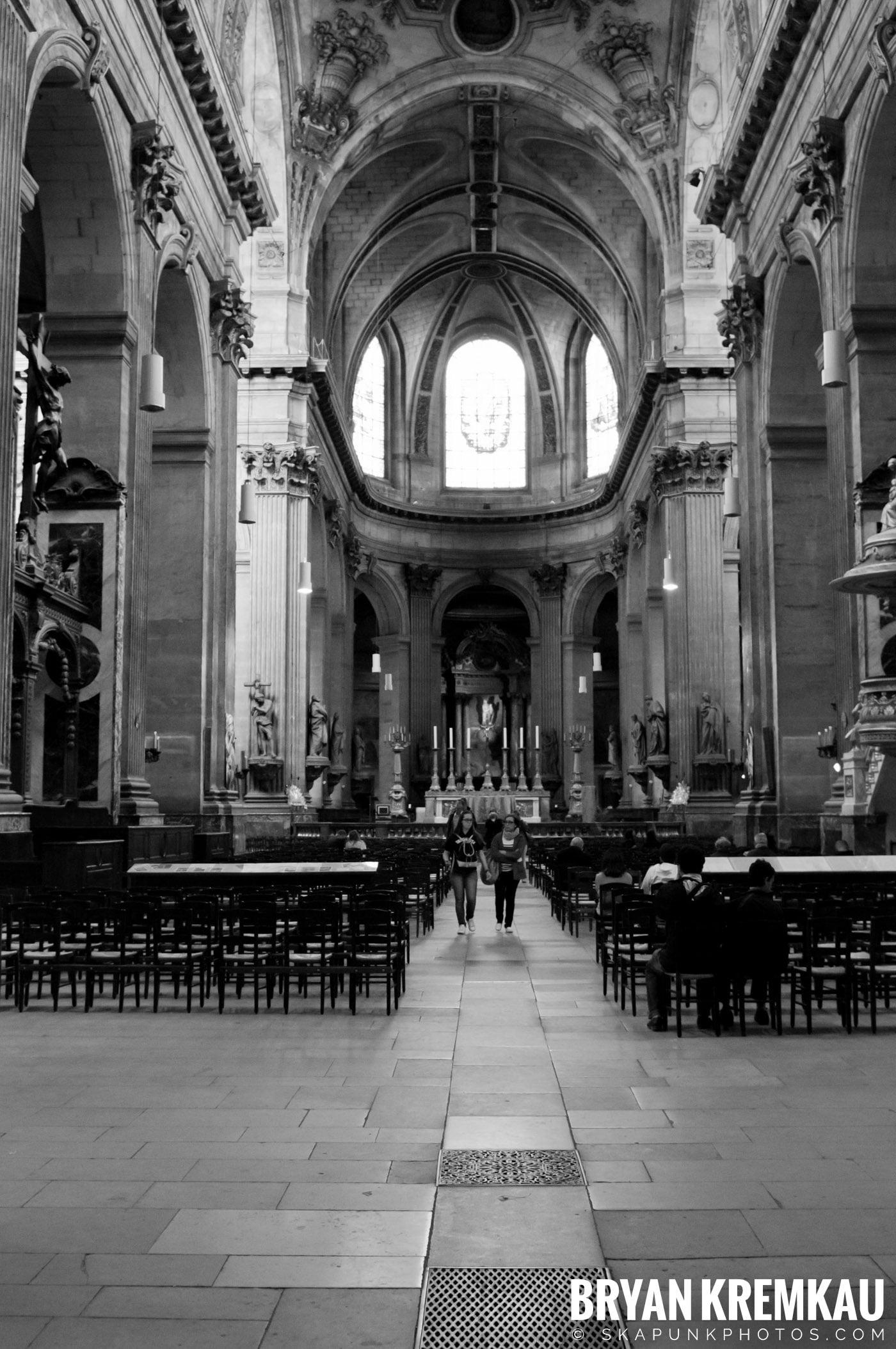 Paris, France Honeymoon - Day 1 - 7.18.11 (17)