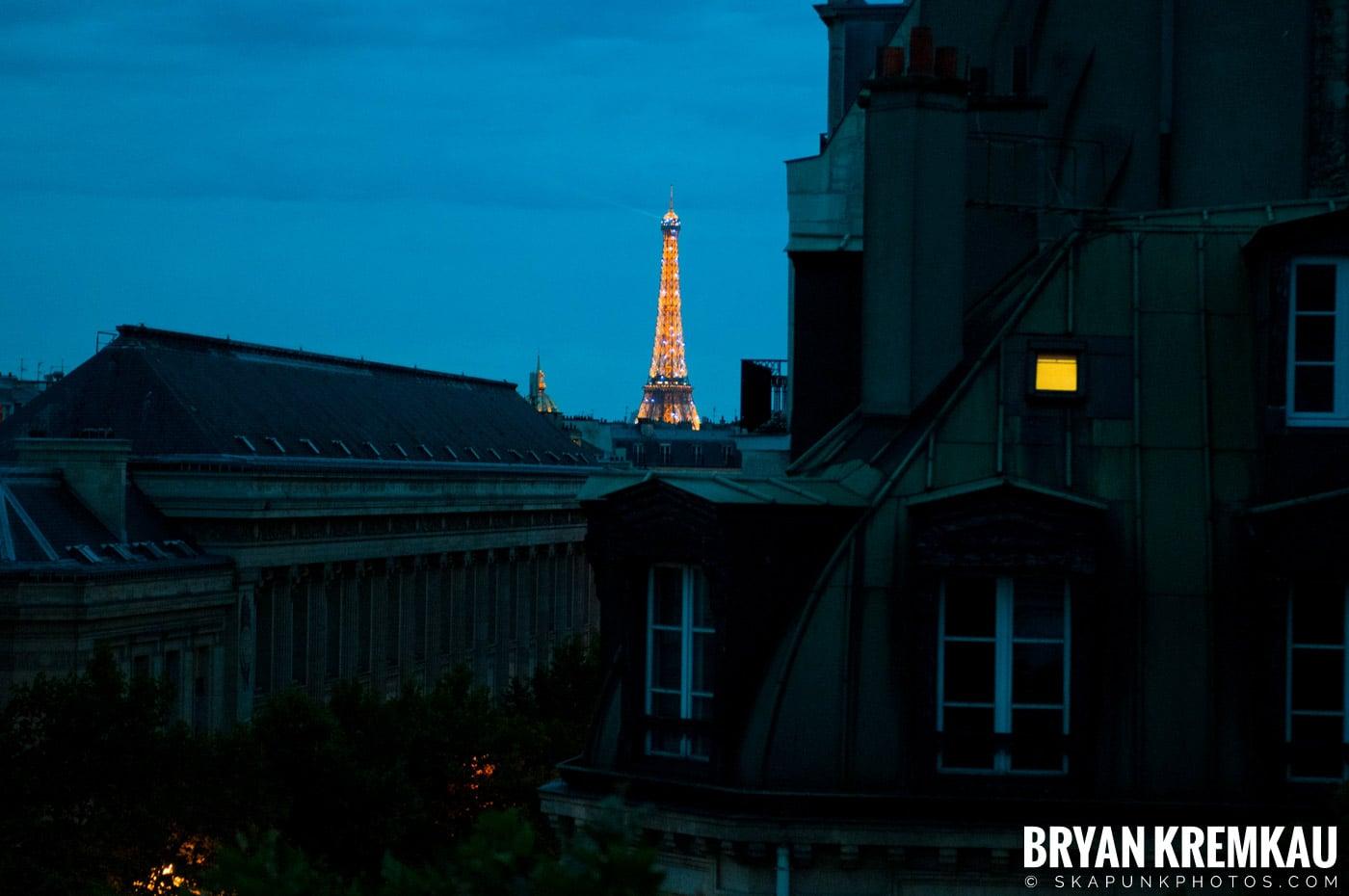 Paris, France Honeymoon - Day 1 - 7.18.11 (3)