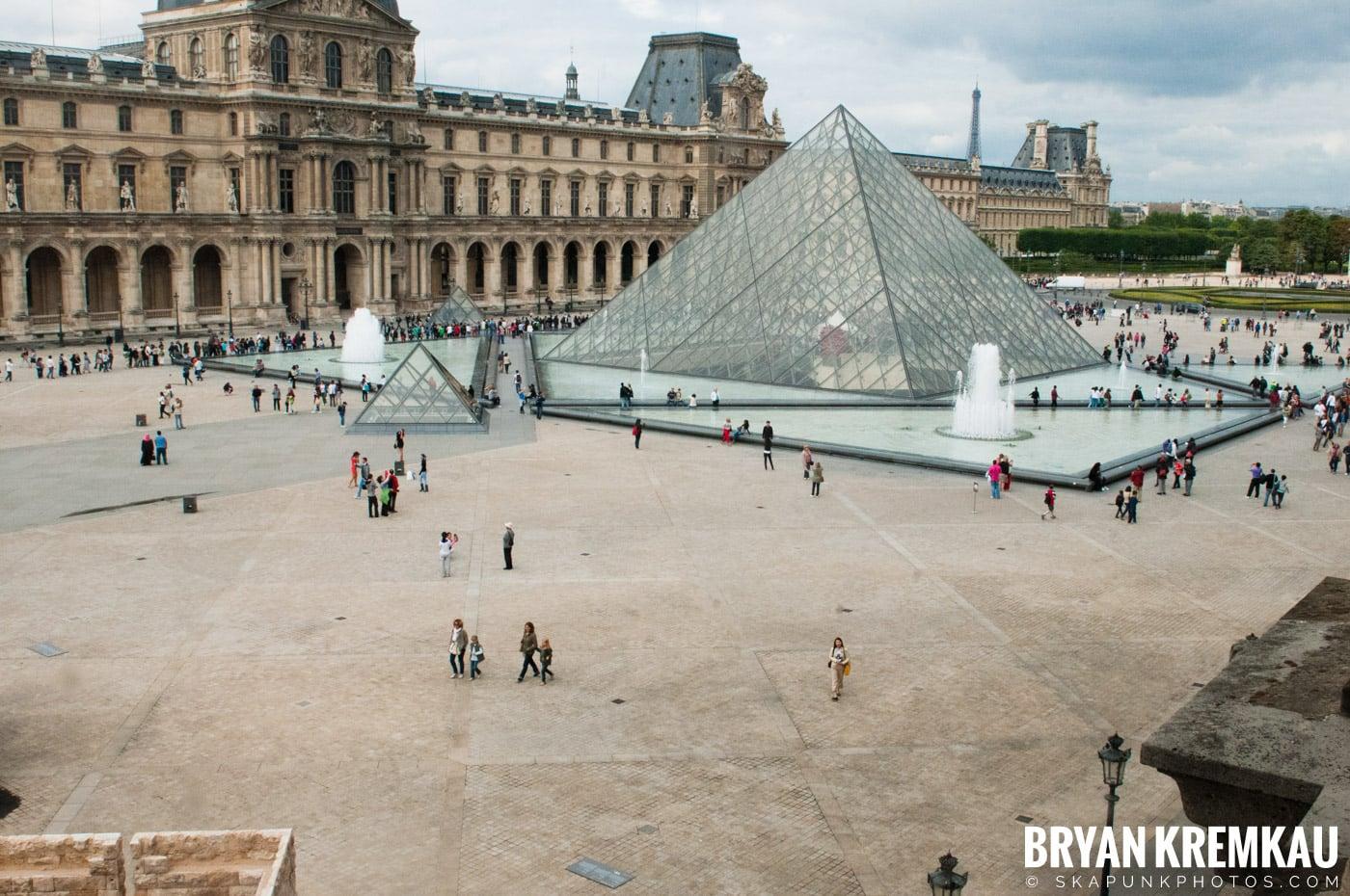 Paris, France Honeymoon - Day 3 - 7.20.11 (71)