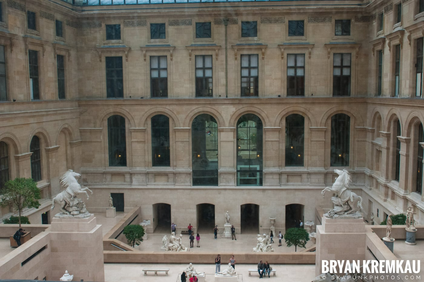 Paris, France Honeymoon - Day 3 - 7.20.11 (60)