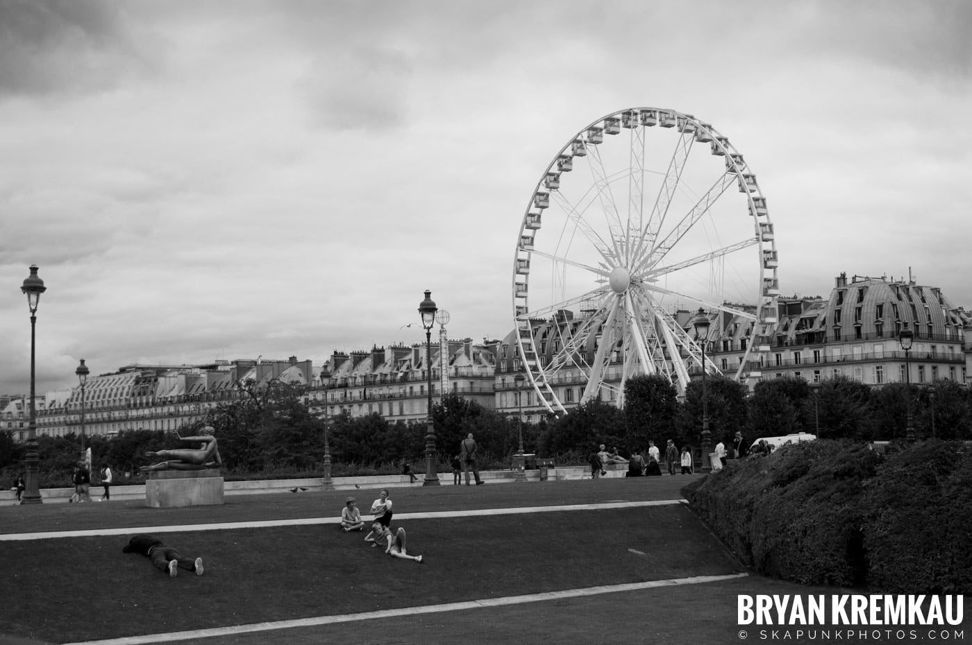 Paris, France Honeymoon - Day 3 - 7.20.11 (46)