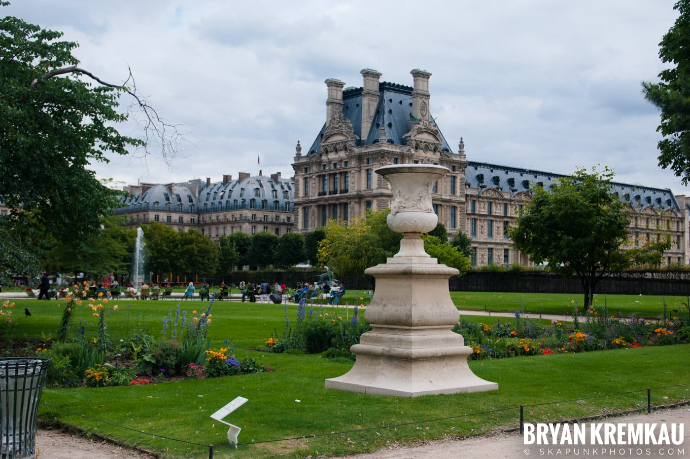 Paris, France Honeymoon - Day 3 - 7.20.11 (45)