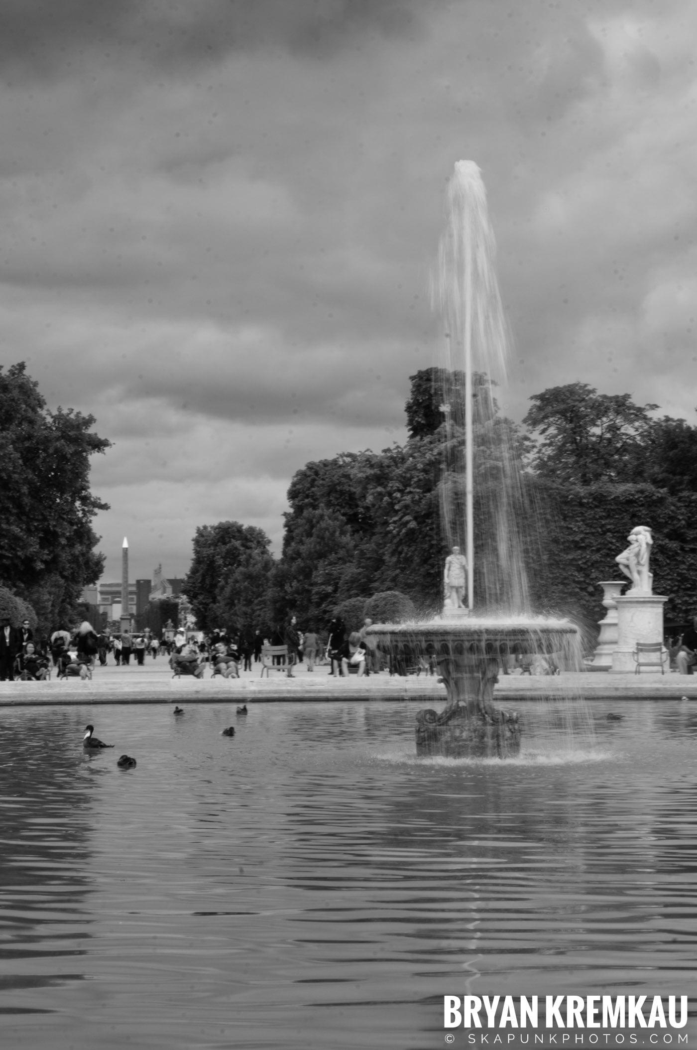 Paris, France Honeymoon - Day 3 - 7.20.11 (44)