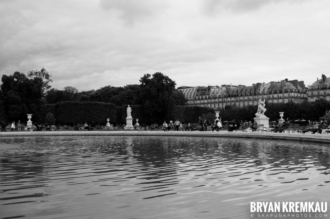 Paris, France Honeymoon - Day 3 - 7.20.11 (43)