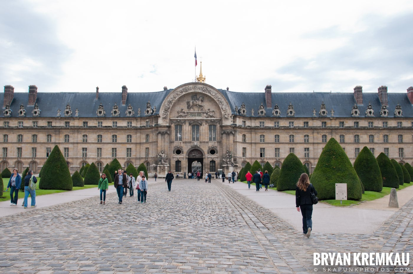 Paris, France Honeymoon - Day 3 - 7.20.11 (32)