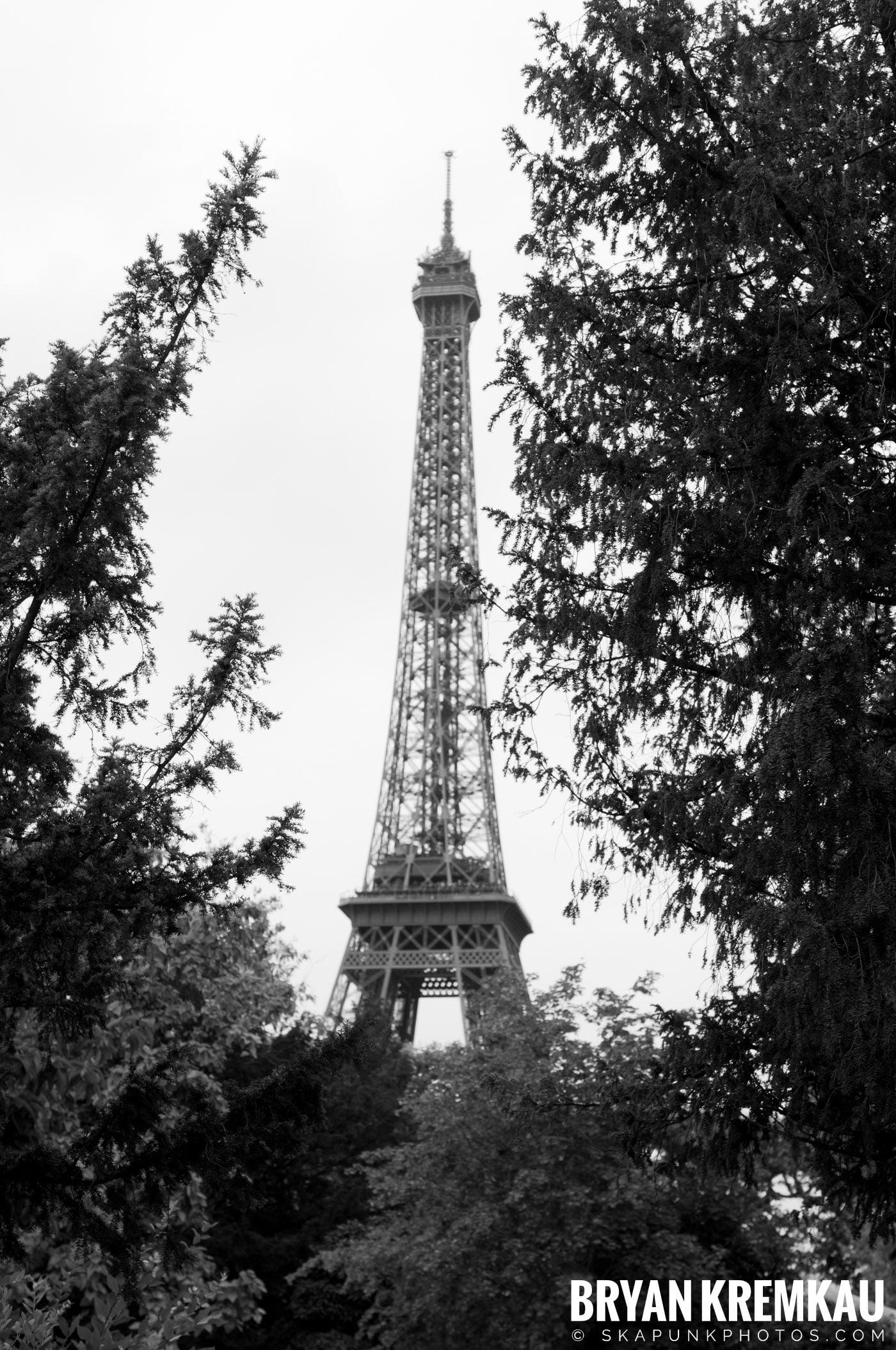 Paris, France Honeymoon - Day 3 - 7.20.11 (9)