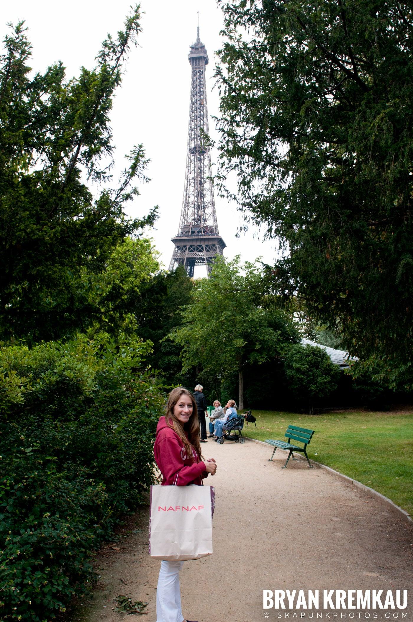 Paris, France Honeymoon - Day 3 - 7.20.11 (8)