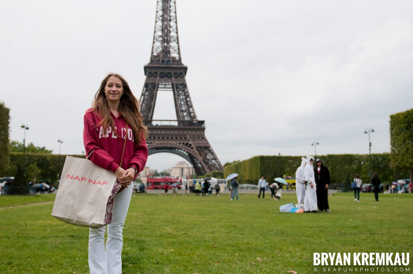 Paris, France Honeymoon - Day 3 - 7.20.11 (4)