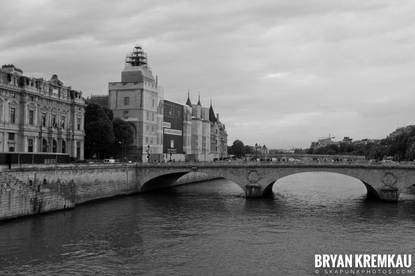 Paris, France Honeymoon - Day 4 - 7.21.11 (8)