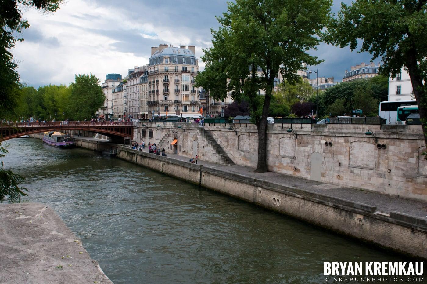 Paris, France Honeymoon - Day 4 - 7.21.11 (1)