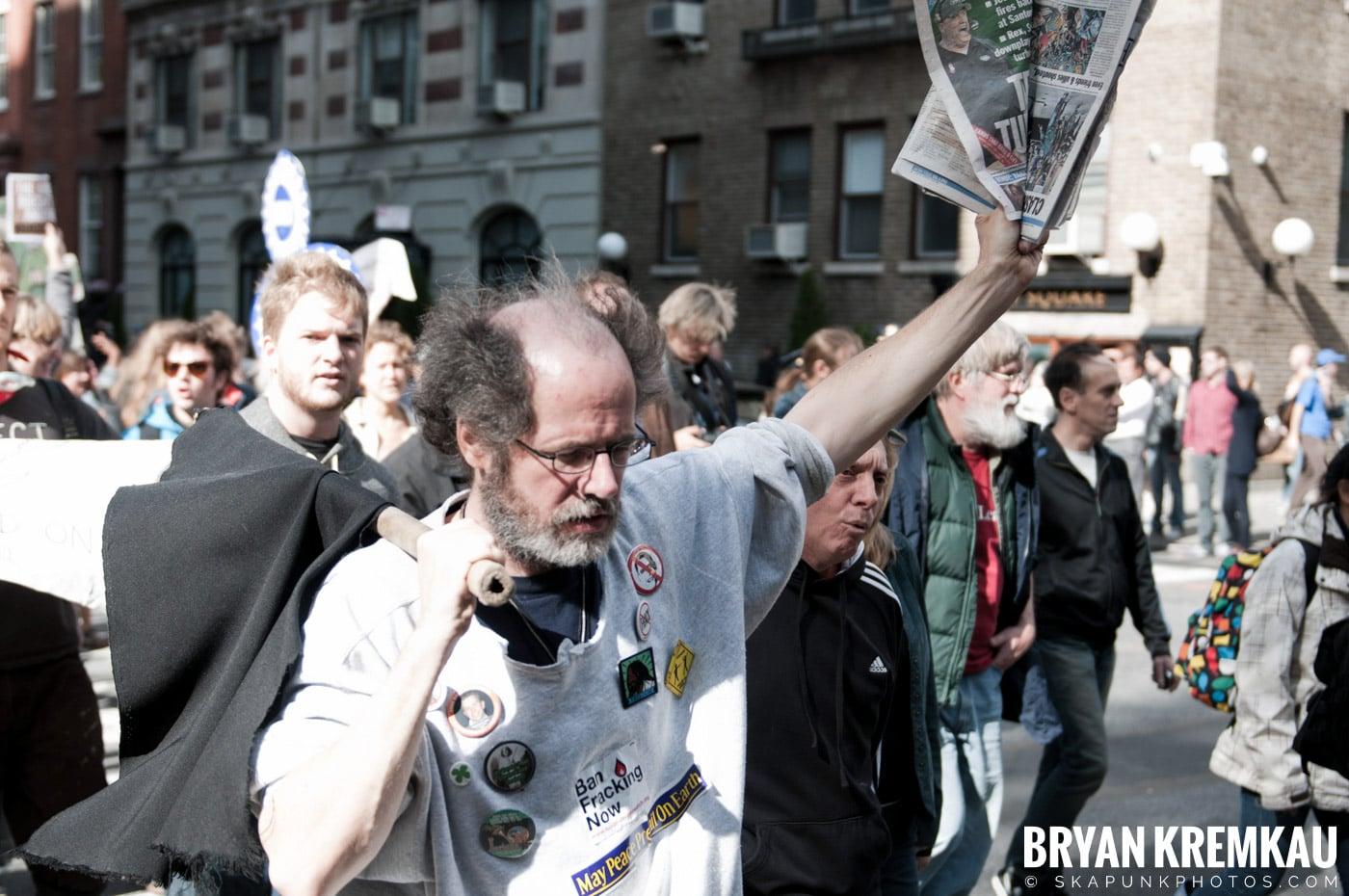 Occupy Wall Street @ Zuccotti Park and Washington Square Park, NYC - 10.15.11 (54)