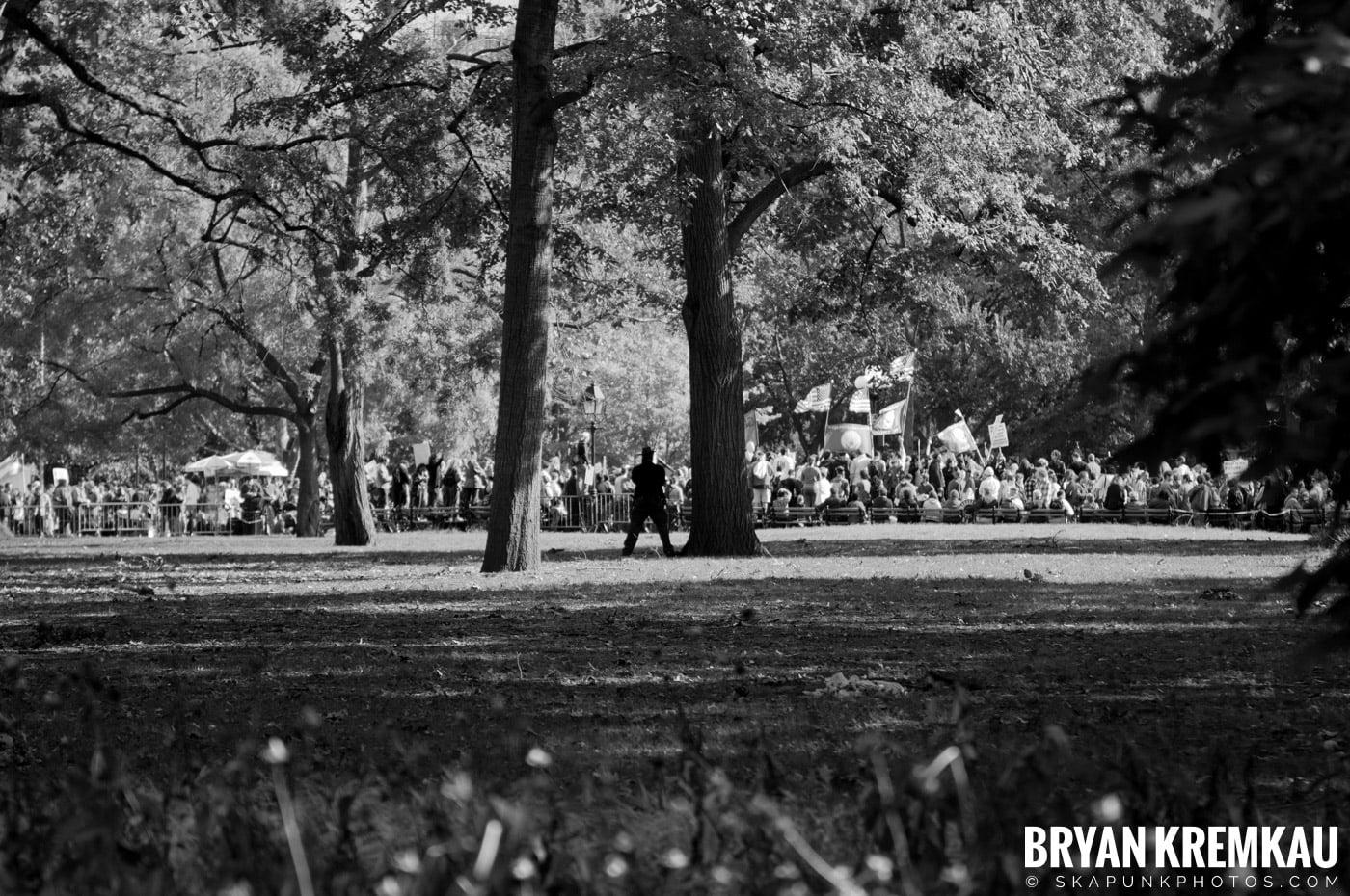 Occupy Wall Street @ Zuccotti Park and Washington Square Park, NYC - 10.15.11 (26)