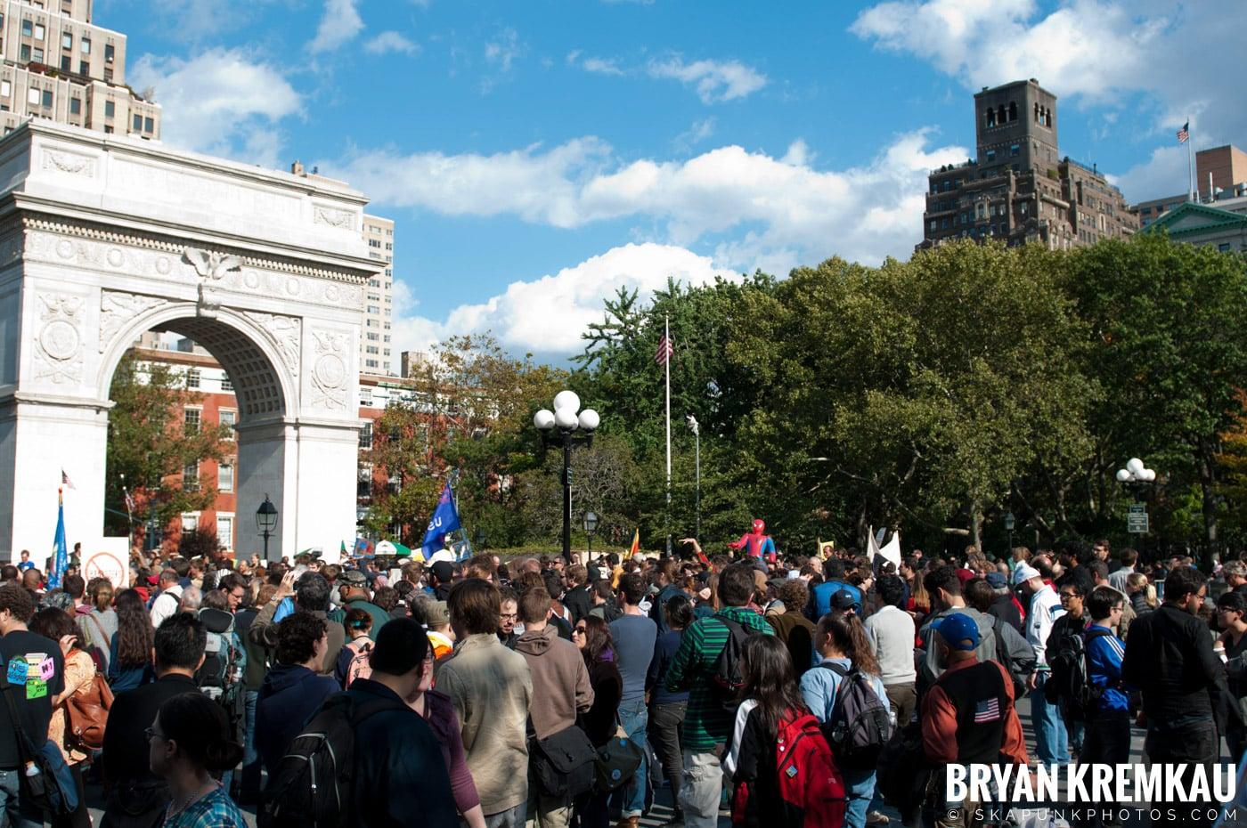 Occupy Wall Street @ Zuccotti Park and Washington Square Park, NYC - 10.15.11 (22)