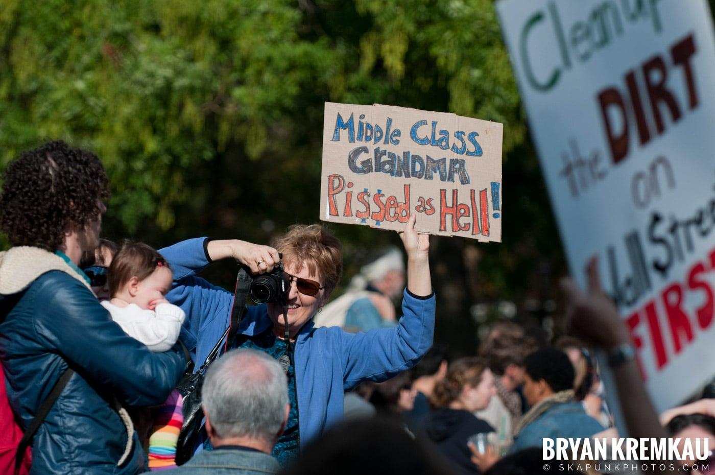 Occupy Wall Street @ Zuccotti Park and Washington Square Park, NYC - 10.15.11 (18)