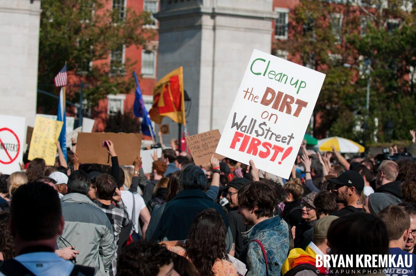 Occupy Wall Street @ Zuccotti Park and Washington Square Park, NYC - 10.15.11 (15)