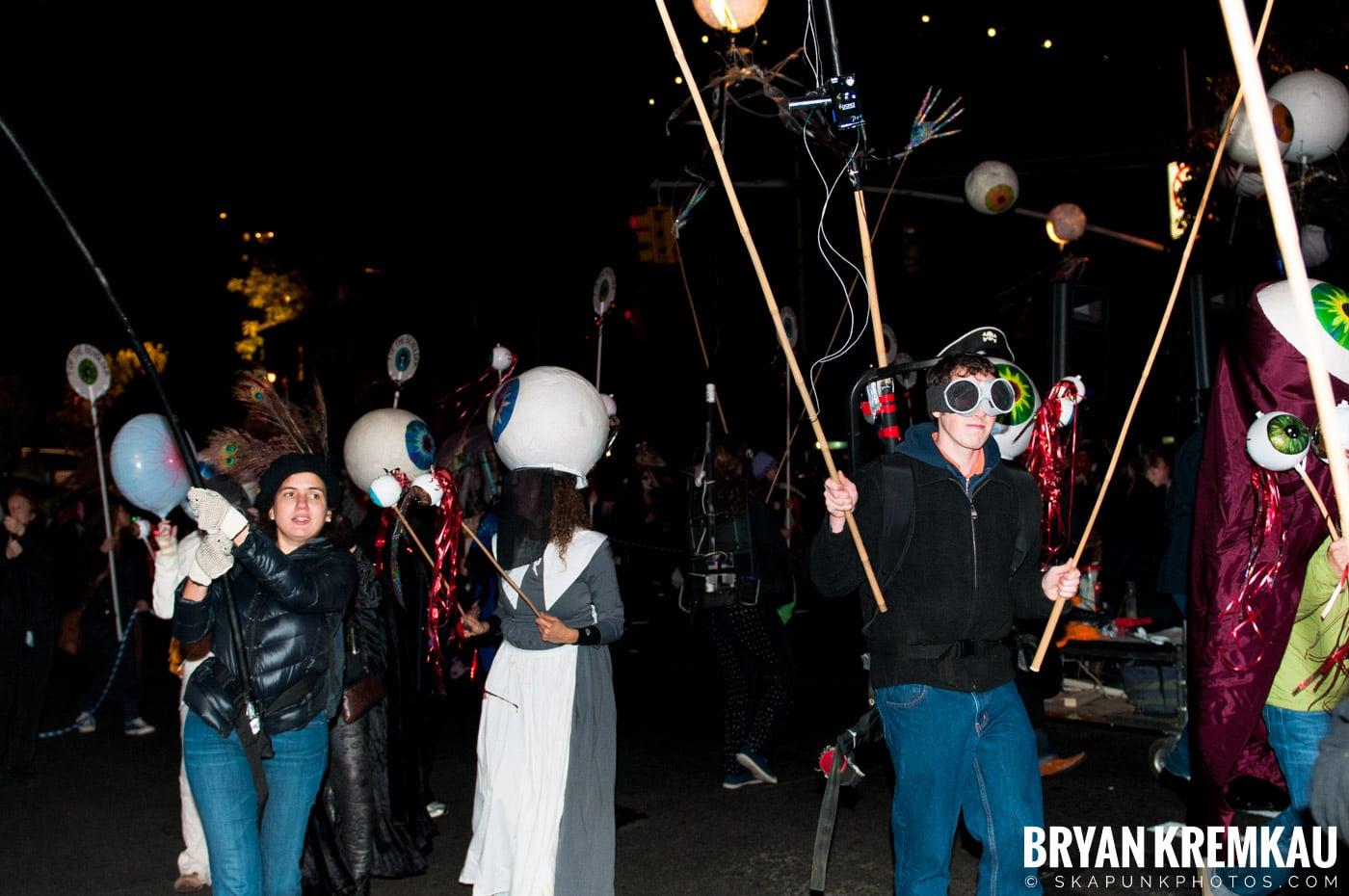 NYC Halloween Parade 2011 @ New York, NY - 10.31.11 (90)