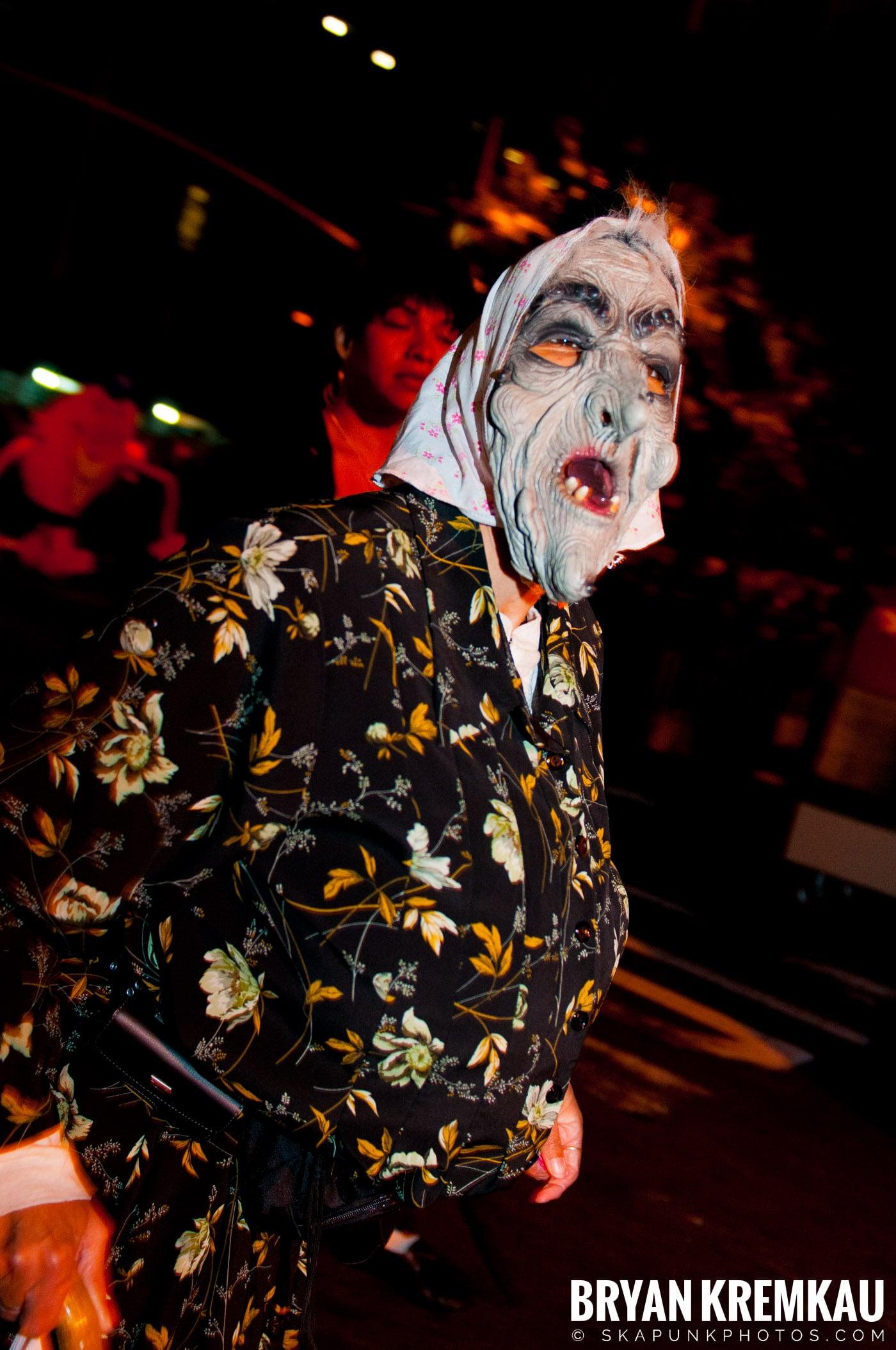 NYC Halloween Parade 2011 @ New York, NY - 10.31.11 (86)