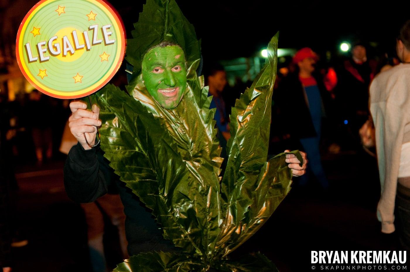 NYC Halloween Parade 2011 @ New York, NY - 10.31.11 (45)