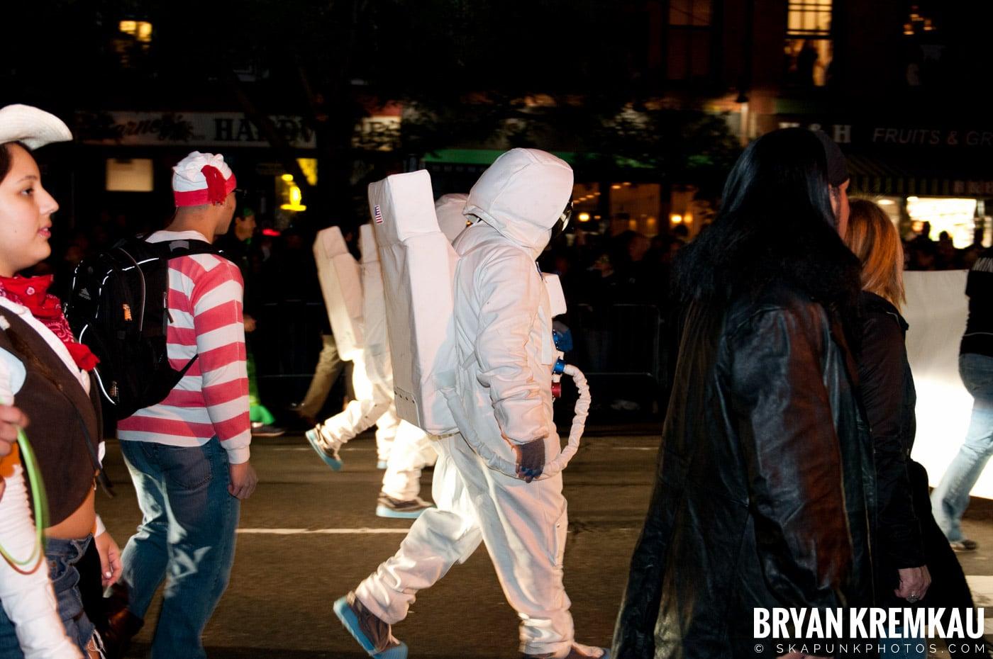 NYC Halloween Parade 2011 @ New York, NY - 10.31.11 (23)