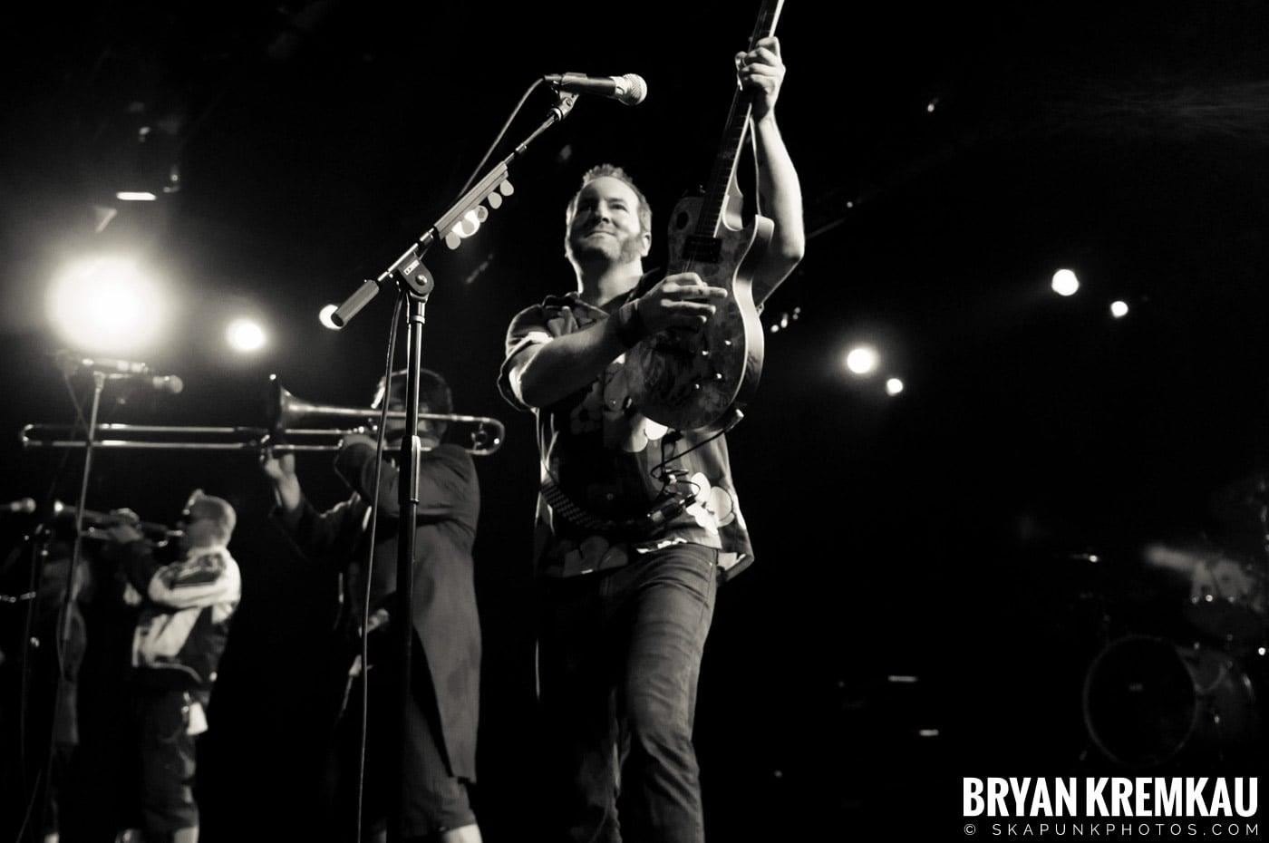 Reel Big Fish @ Best Buy Theater, NYC - 6.27.12 (41)