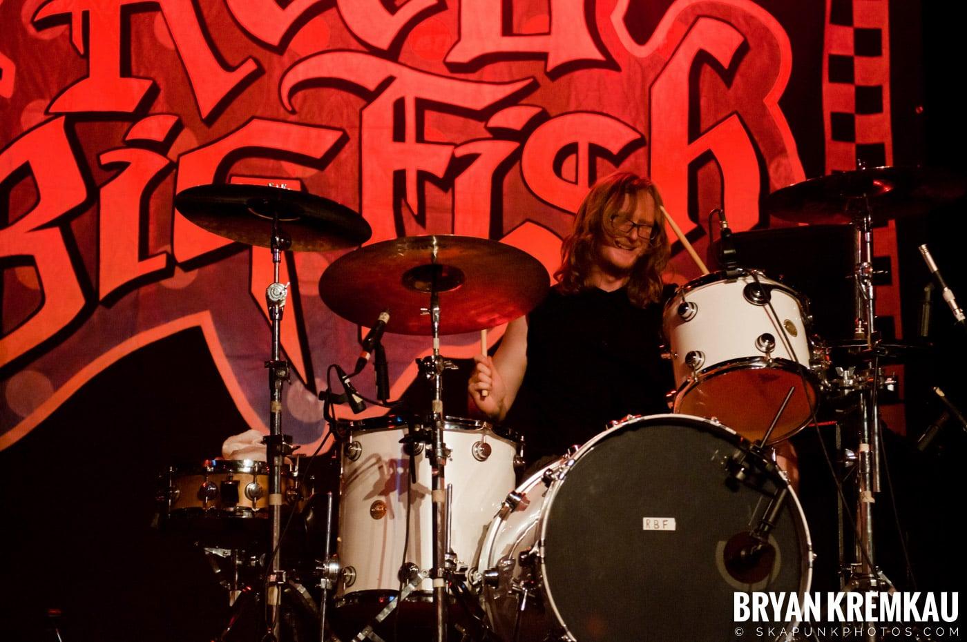 Reel Big Fish @ Best Buy Theater, NYC - 6.27.12 (9)